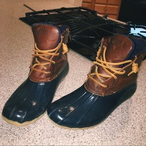 Sperry rain boots!